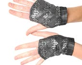 Silvery lace fingerless gloves, Short gauntlets, Silver lace gauntlets, MALAM