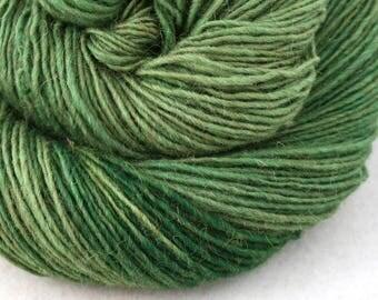Olana fingering weight cormo alpaca angora blend yarn 300yds/274m 2oz/57g Leaf