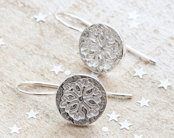 Silver Snowflake Earrings, Snowflake Dangle Earrings, Winter Earrings, Christmas Earrings, Stocking Stuffer for her, Stocking Filler, Xmas