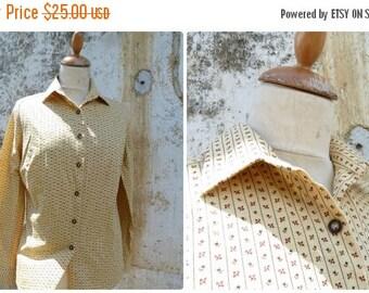 ON SALE Vintage 1970/70s  yellow soft light jersey cotton  size S