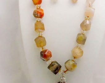 Agate and Citrine Necklace, Earrings, and Pendant Set