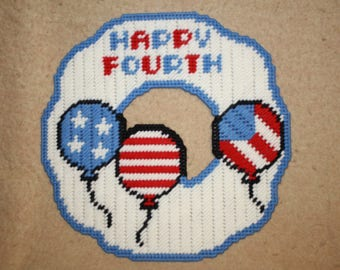 Happy Fourth balloon wreath