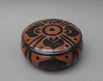 Pottery Trinket Box Boho Dresser Jar Vintage Handmade Red Clay Pottery Jar with Lid Signed