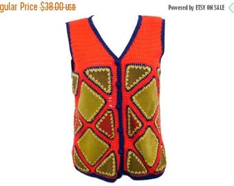 Summer Sale Vintage Leather Patchwork Vest // Hippie 70s 60s Suede Leather Knitted Red Vest// Size S// 142