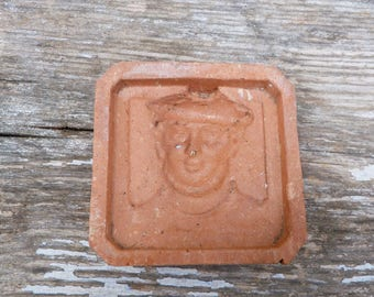 Vintage 1930 French  Marin / character  pattern clay molder