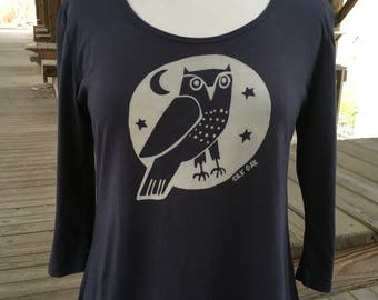 Women's 3/4 Sleeve Scoop Neck Grey Owl Tunic Tee