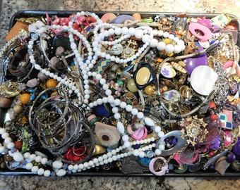 12 Pounds of Junk Jewelry Vintage Jewelry Destash Lot Fix Repair Craft Project Repurpose Box 2