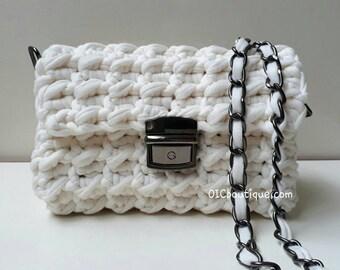 Ivory crocheted bag purse T-shirt yarn