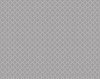 20EXTRA 30% OFF Riley Blake Mini Quatrefoil Gray - 1/2 Yard