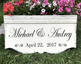 PERSONALIZED WEDDING SIGNS,  Bride and Groom Signs, Wedding Signs, Custom Signs, Family Name Signs, 29 x 14