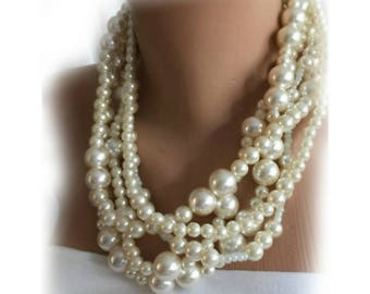 Wedding Pearl Necklace,Beige  Bridal Pearl Jewelry,Chunky,Bold Pearl Necklace