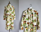 1970s cotton cartoon novelty shirt dress novelty print mid length / s - m