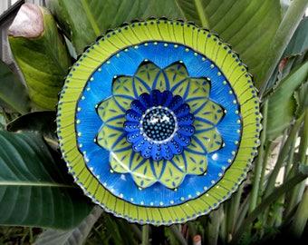 Glass Plate Garden Flower yard art sculpture