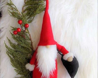 Christmas and the Holidays are in the air, Klaus gnome with black velvet bag, forest gnomes,garden gomes, wool felt, faux fur