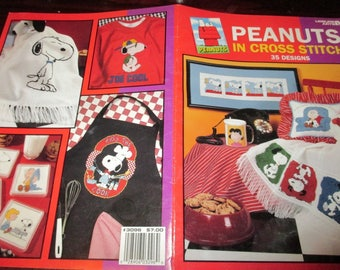 Cross Stitch Charts Peaunts in Cross Stitch Leisure Arts 3096 Counted Cross Stitch Leaflet Snoopy