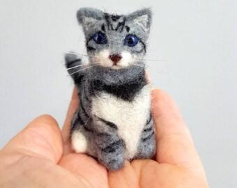 Needle felted tabby cat ornamemt, Cat memorial, Cat lover gift, Custom cat ornament
