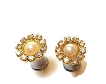 Wedding Plugs-0g 8mm-2g 6mm-4g 5mm-Wedding Gauges-Pearl Plugs-Prom Plugs-Pretty Plugs-Stretched Ears-Steel Plugs-Bridal Gauges-Girl Gauges