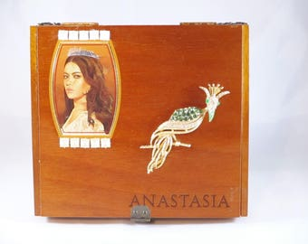 Anastasia jewelry box Etsy