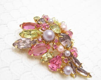 Vintage Pink and Green Rhinestone Brooch Earrings Set Alice Caviness S6188