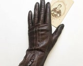 Vintage 1940s chocolate brown leather gloves | 40s driving gloves