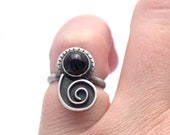 Sterling Silver and Black Onyx Nautilus Ring Size 7.5