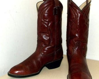 Vintage Acme Dingo brand cowboy boot size 8.5 D or cowgirl size 10