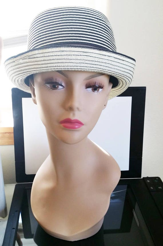 womens fedora hat white and black feather band stripes straw style new gangster mafia princess Basiquenti