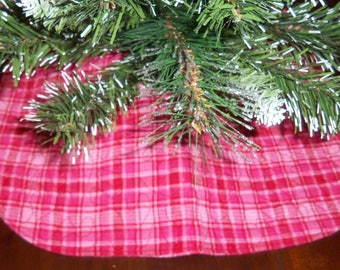pink plaid quilted tree skirt 15x15 inches mini little small - Mini Pink Christmas Tree