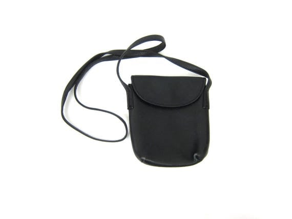 Basic Black Leather Purse with Crossbody Strap Small Urban Across Body Shoulder Bag Vintage Minimal Cross Body Purse