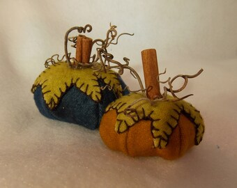 Felted Wool Pumpkin~Handmade Wool Pumpkin~Felted Harvest Pumpkin~Decorative Felted Pumpkin~Pumpkin Pin Cushion