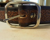 Solid piece embossed leather belt size 46, 1.50 inch wide