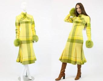 60s Fur Cuff Dress Medium / 1960s Vintage Mod Trumpet Dress / Truffula Tree Dress