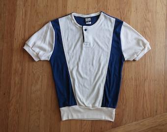 Casual 70s retro beach wear two tone henely tshirt UNISEX sz. Small / XS