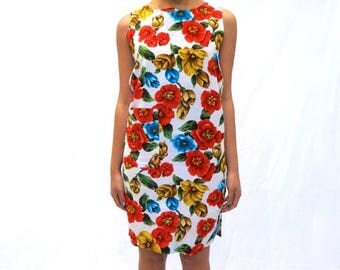 40% OFF CLEARANCE SALE The Floral Shift Dress
