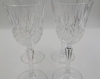 Vintage set of 4 - Cut Crystal Wine Glasses - So so Elegant - Stemware - Barware - Entertaining
