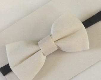 Fall tuxedo bow with thin brown band beige baby headband girls boutique bows