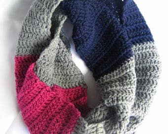 Pride - androgynous crochet cowl