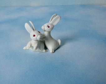 Vintage MICRO-Miniature White Rabbits Made in West Germany.