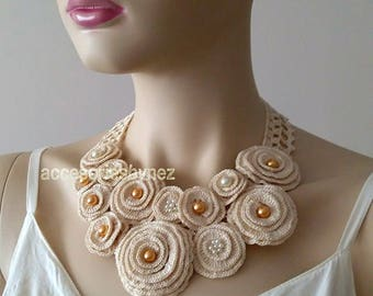 Wedding Necklace/Collar, Crochet Flower Necklace, Cream Bib Necklace, Pearl Necklace, Bride Bridesmais Necklace, Cotton Crochet Necklace