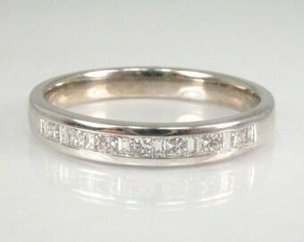 Princess Cut Diamond and Baguette Cut Diamond Wedding Ring
