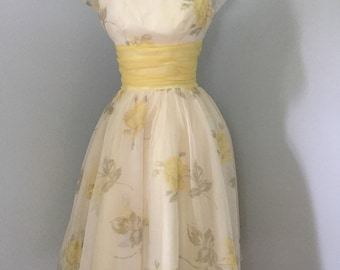 "Vintage 1950s LORRIE DEB dress. Chiffon, tulle.Party, prom. Rockabilly. 36"" bust. 26"" waist. Yellow roses. Three layer skirt. Metal zipper."