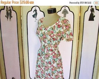 Summer Sale 20% Off Vintage 1990's Romantic Floral Rayon Dress. Medium.