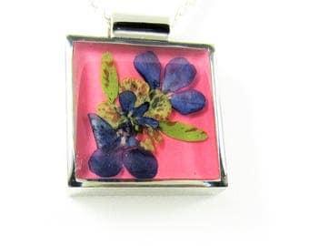 Purple Lobelia on Rose Resin, , Pressed Flower Pendant, Lisa Pavleka Setting, Resin, Pressed Flower Jewelry (1584)