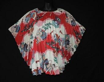 vintage asian trapeze blouse 1970s red samurai print angel wing caftan tunic OSFM