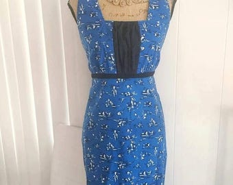 Memorial Day Sale 25% OFF Adorable Vintage Novelty Print Dress in Mexican Siesta Print -- Size M-L