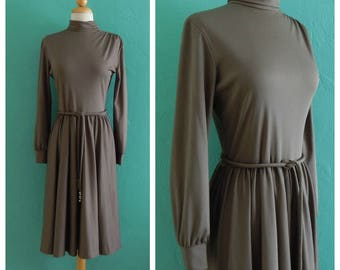 60's bleeker street grey dress / / grey circle skirt dress ~ small medium
