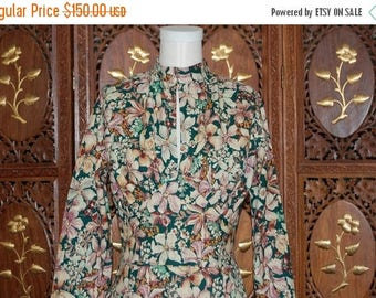 ON SALE 1970s Floral Printed Cotton Midi Tea Dress with Keyhole Neckline