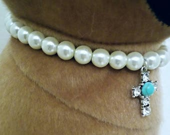 Pet fashion necklace with pearls and gemstone cross pendant