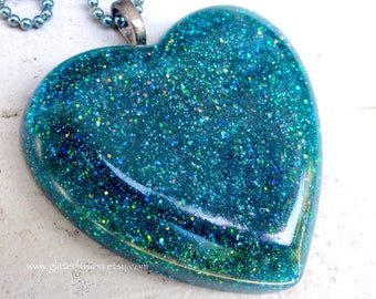 Teal Glitter Mermaid Heart Of the Ocean Resin Heart Pendant, Big Blue Green Sparkly Resin Heart Necklace, Beach Babe Turquoise Resin Heart