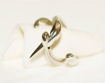 """The Entre Deux"" sterling silver ring"